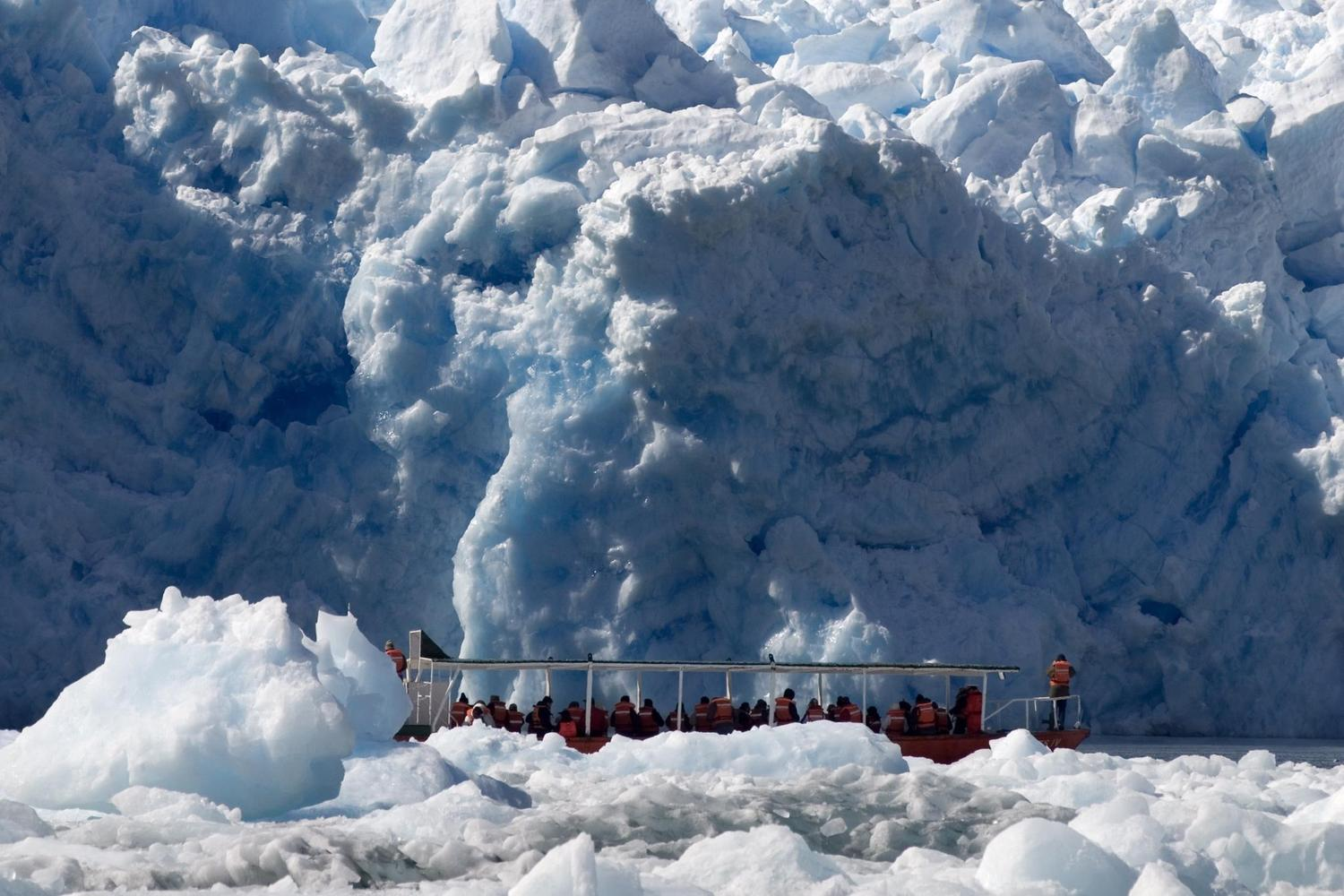 A launch takes you close to the face of the San Rafael glacier