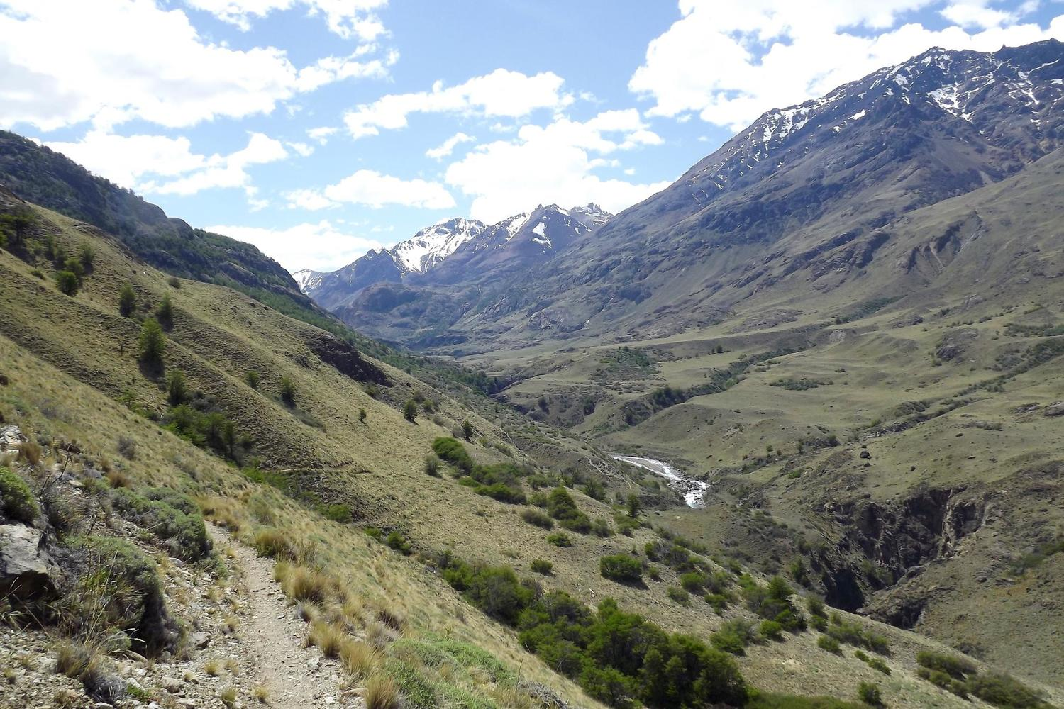 The beautiful Avilés trail inside the future Parque Patagonia
