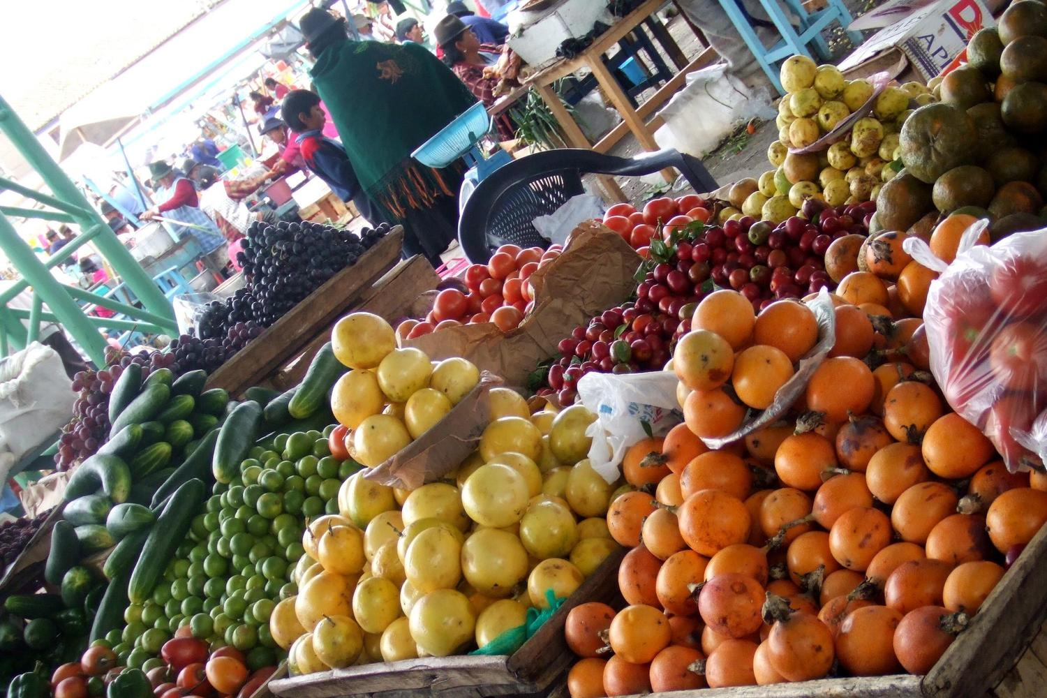 Fruit and vegetables for sale in Saquisilli market