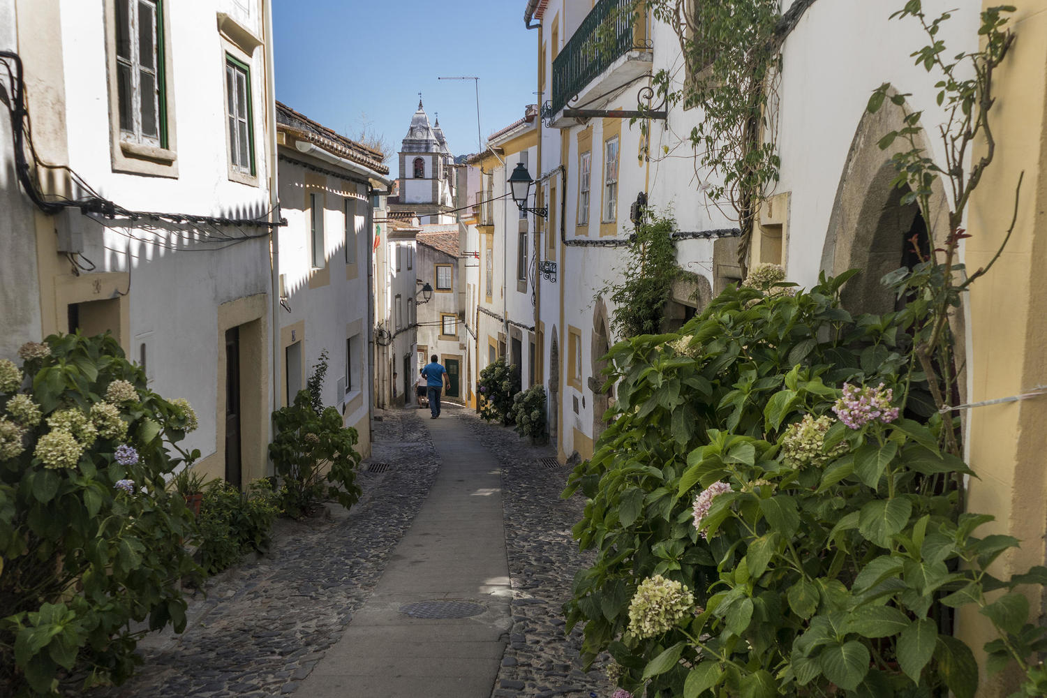 The streets of Castelo de Vide really aren't made for cars
