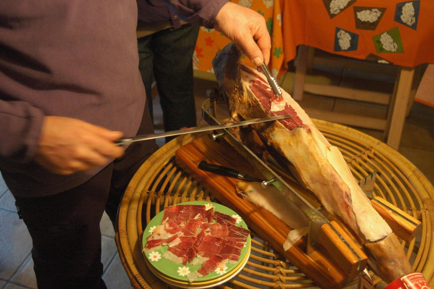 Carving organic bellota ham on Finca Montefrio in Aracena