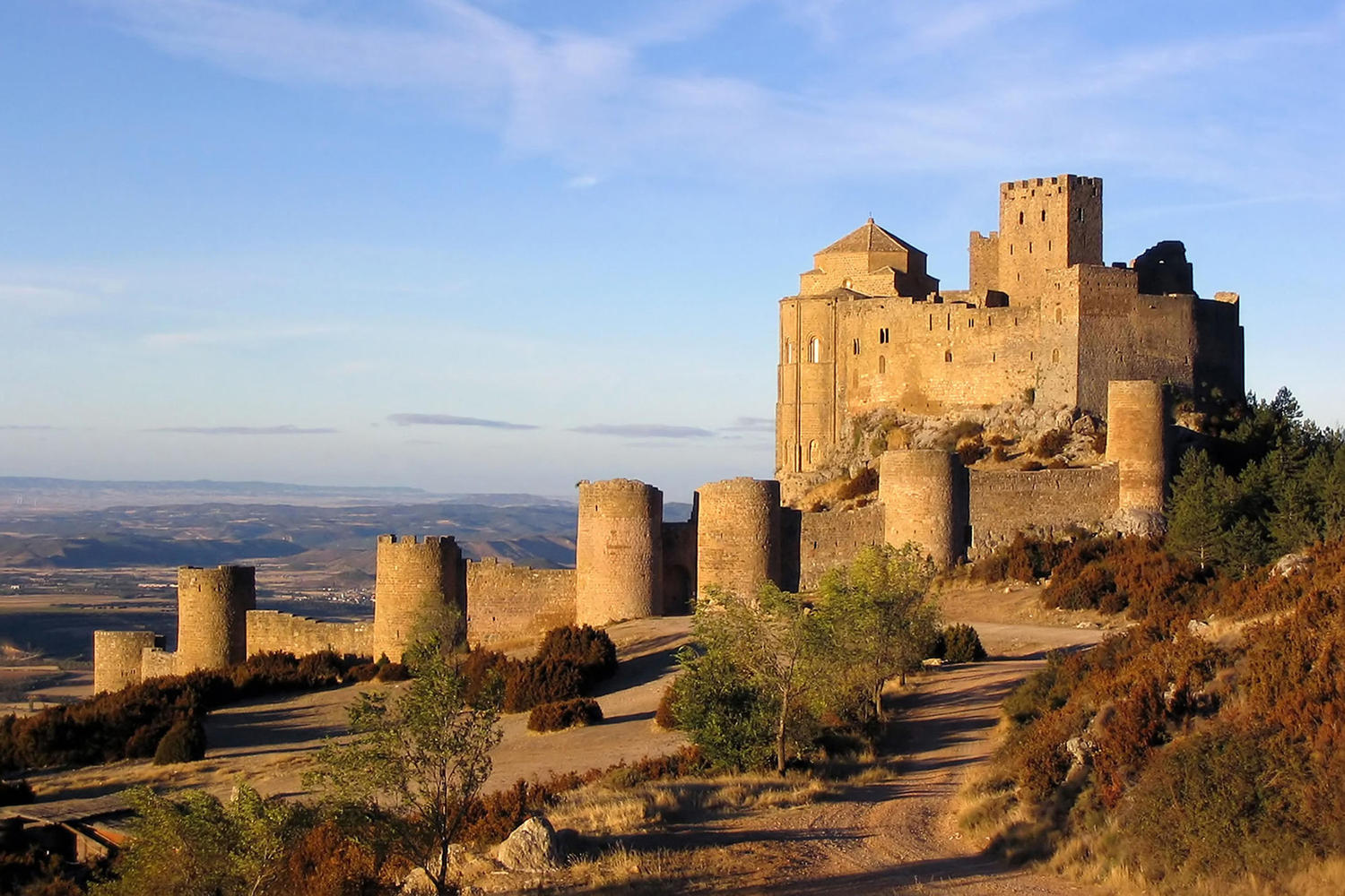 The impressive fortress of Loarre
