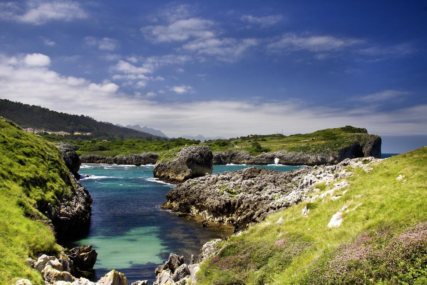 Stunning coastline within striking distance of the Picos de Europa