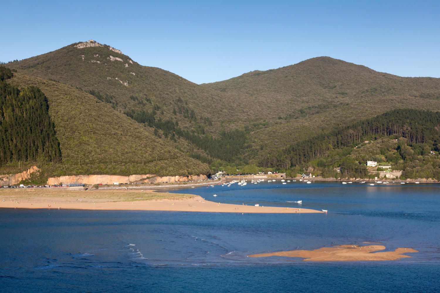 The Urdaibai Biosphere Reserve and river