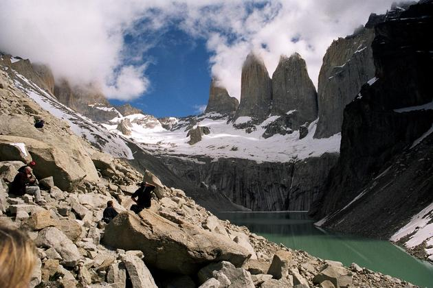 Chile-patagonia-torres-del-paine-the-towers-with-lake