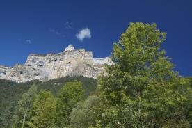 Spain-pyrenees-ordesa-national-park-high-cliffs